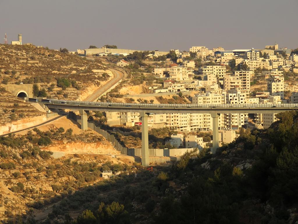 Bethleem en Palesrtine -  Le Mur - la Vallée de Crémisan